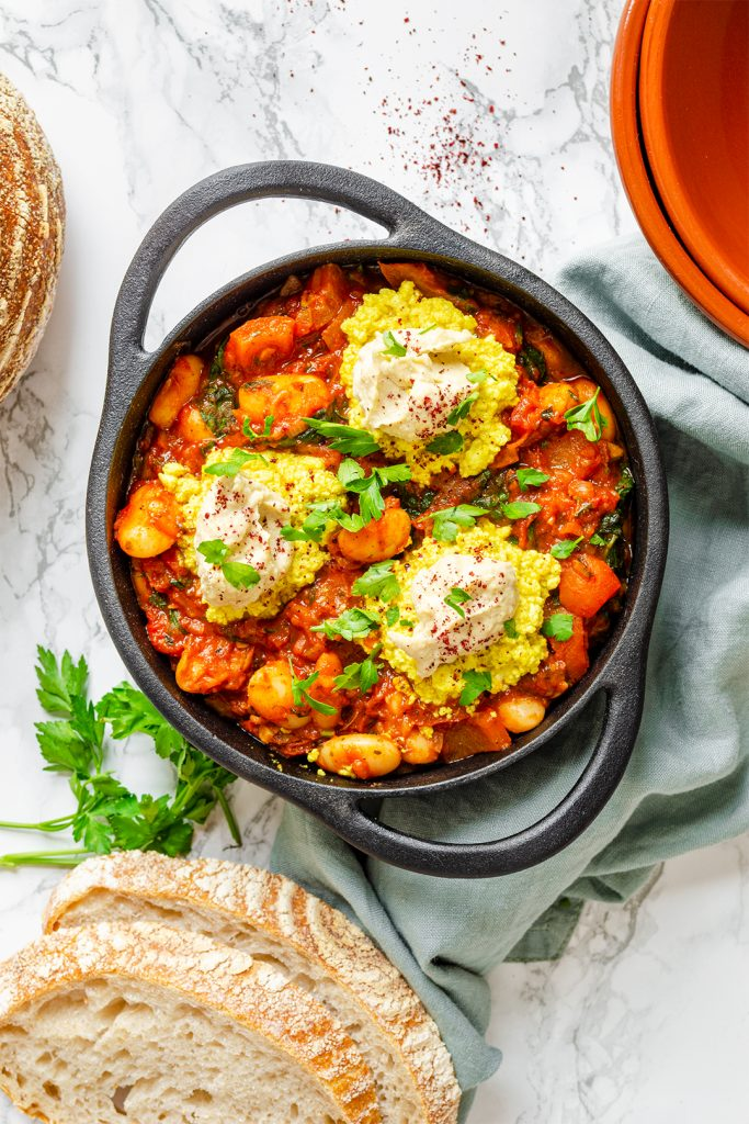 Flatlay of the Easy Vegan Shakshuka in a pot