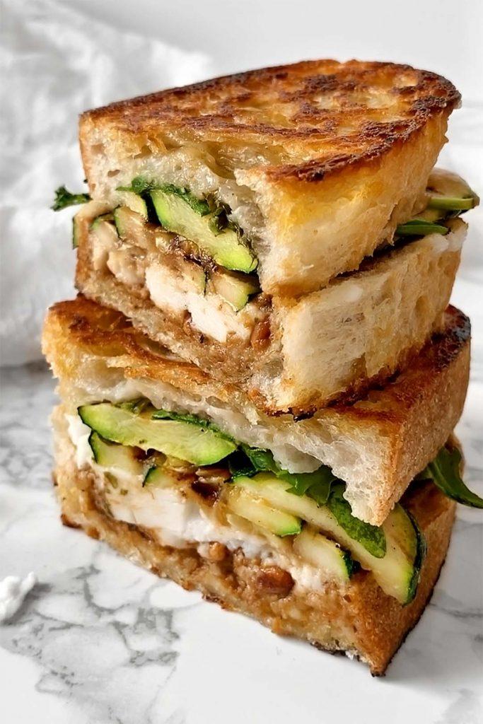 Courgette and vegan fetta toastie